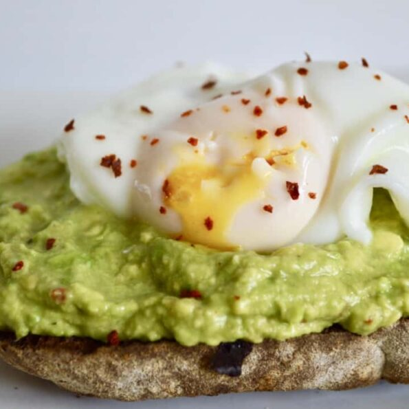 poached egg with avocado