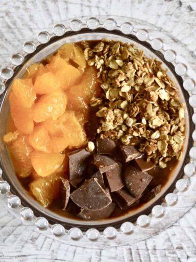 chocolate orange smoothie bowl