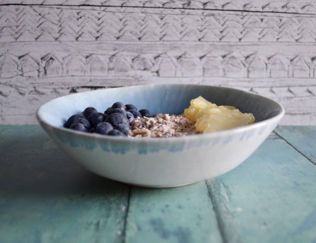 apple blueberry bircher