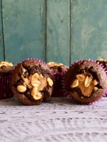 chocolate peanut muffins