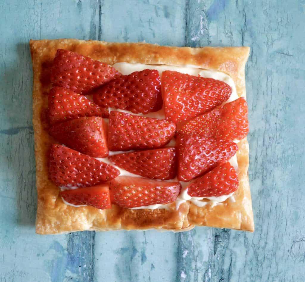 strawberry breakfast pastry