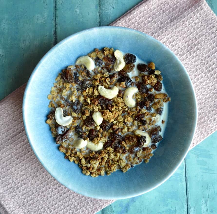 cashew granola