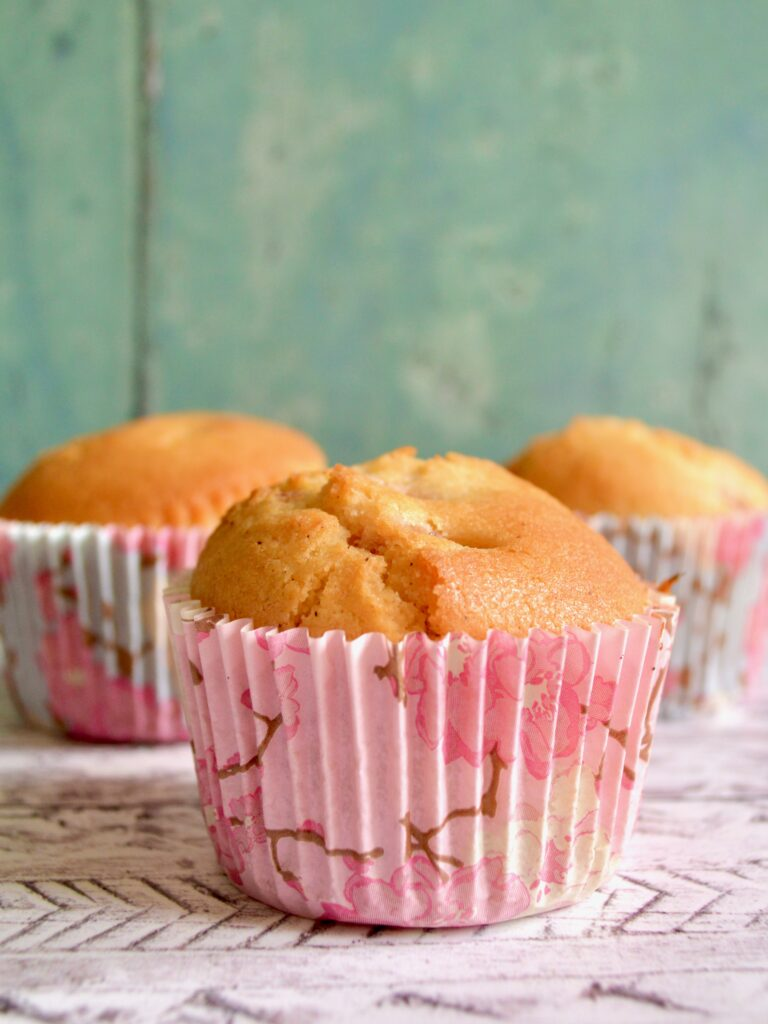 strawberry lemon muffins